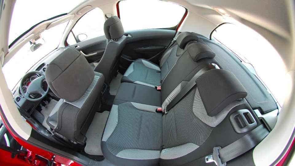 interior car wash Ottawa
